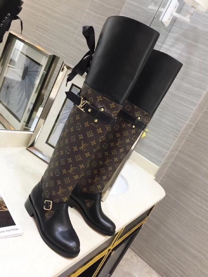 LV WOMENS BOOTS EUROPE SIZE 35-41