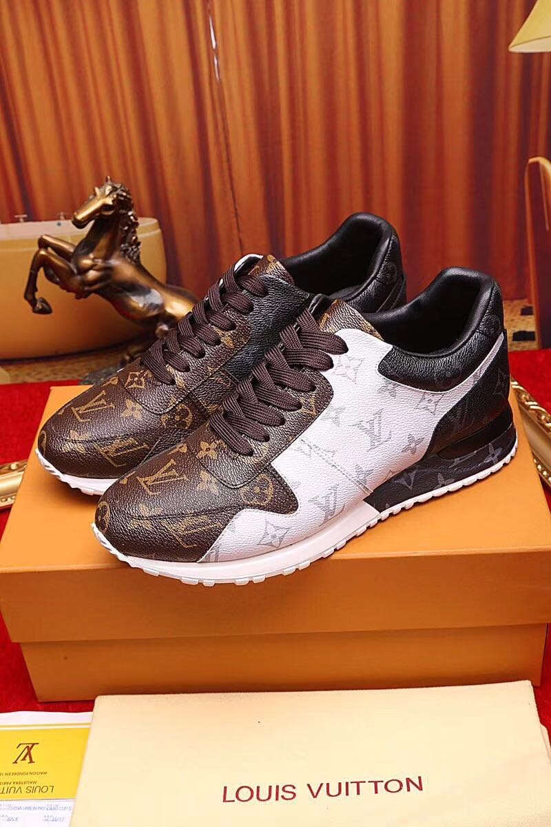 LV MENS SHOES SPORTS TRAINERS