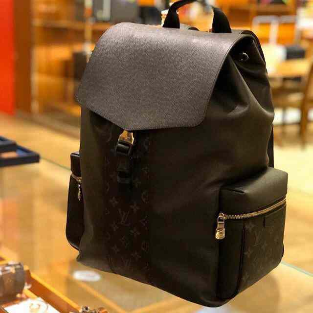 LV NEW BACKPACK TAIGARAMA OUTDOOR M30417  37x45x19CM